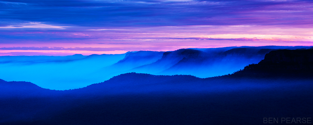 Jamison Valley in Smoke - Ben Pearse Photography