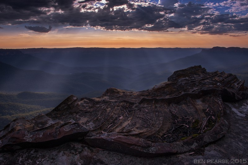 Jamison Valley Rays - Ben Pearse Photography