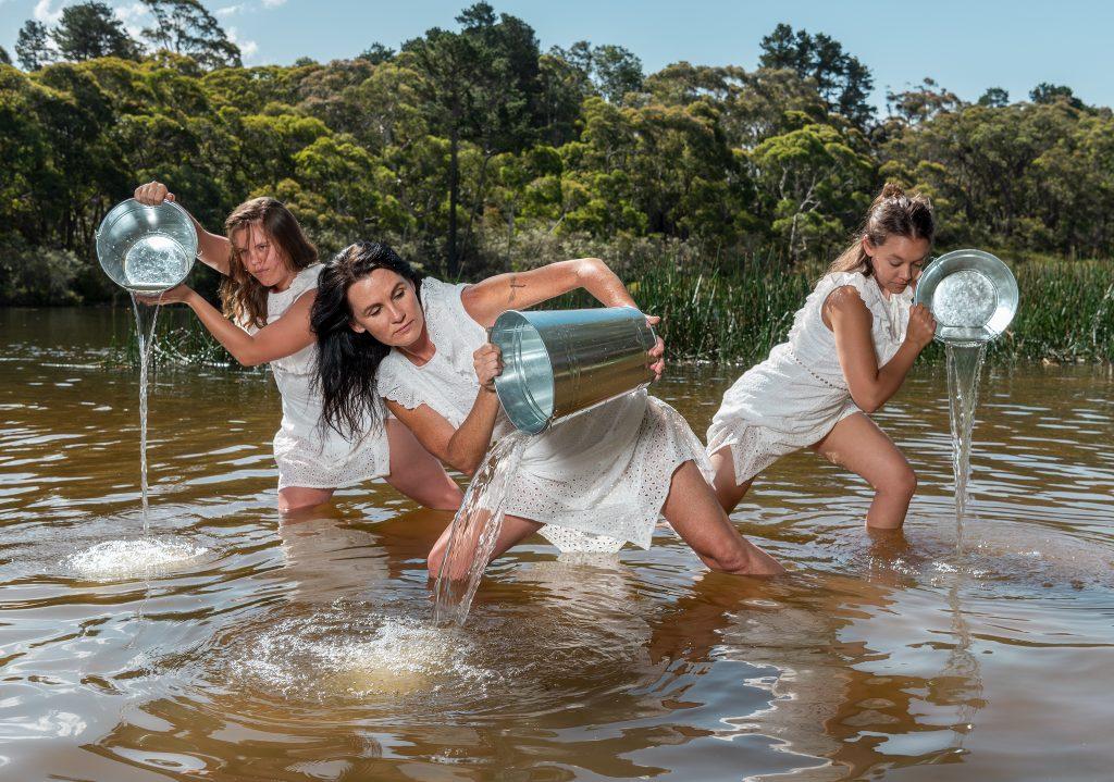 Wagana Aboriginal Dancers- Ben Pearse