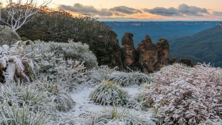 unframed Blue Mountains Snowfall print